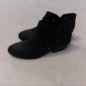 Soda ankle boots